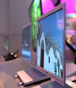 Risparmiate spazio con OLED, lo schermo ultrasottile