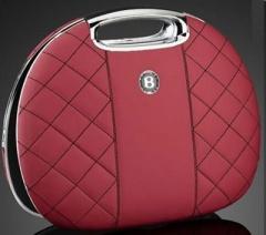 Il laptop di lusso è marchiato Bentley