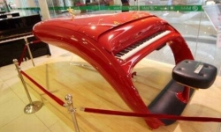Schimmel Pegasus Guoqin, il pianoforte