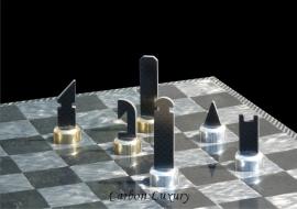 Carbon Luxury: scacchiera in fibra di carbonio dai designer della F1