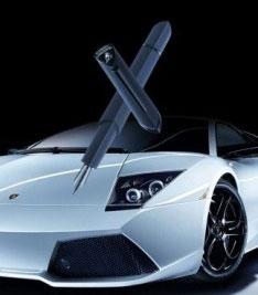 Penne firmate Lamborghini e Omas