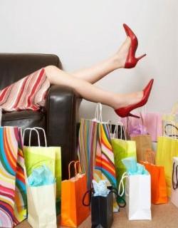 Shopping, ecco dove vanno a finire i soldi delle donne