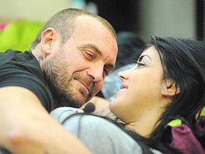 GF: eliminata Sarah Nile, espulso per bestemmia Massimo Scattarella