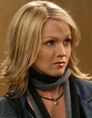 90210 perde Kelly Taylor?