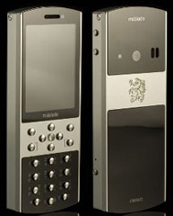Mobiado presenta Classic 712ZAF, un esclusivo telefonino