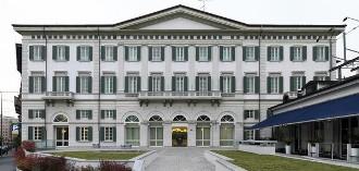 Apre a Milano l'hotel firmato Moschino