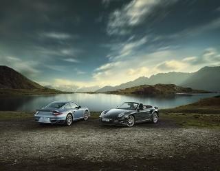 Porsche 911 Turbo S, potente vettura sportiva