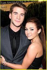 Miley Cyrus e Liam Hemsworth insieme per