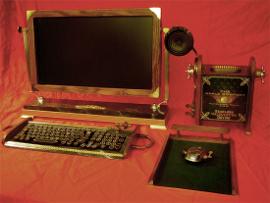 """Woodguy32 riporta in vita il """"nuovo"""" design dei computer del XXI secolo"""