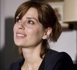 Claudia Pandolfi investita da un paparazzo, operata per politrauma toracico