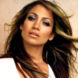 """Love and Glamour"": un altro profumo per Jennifer Lopez"