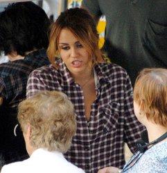 Miley Cyrus: valanga di foto dal set di