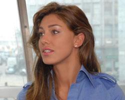 Relazione gay tra Fabrizio Corona e Lele Mora: come l'ha presa Belen Rodriguez?