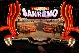 Sanremo 2011: Pippo Baudo, Bruno Vespa, Elisabetta Canalis e Manuela Arcuri i papabili