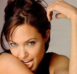 Angelina Jolie sarà una Cleopatra