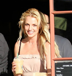 Britney Spears in piena forma da Starbucks
