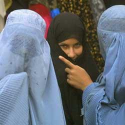 Emirati Arabi: lecito picchiare la moglie purché senza lividi
