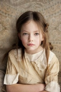 "Mackenzie Foy in ""Twilight: Breaking Dawn"" sarà Renesmee, è ufficiale"