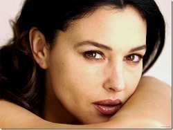 "Monica Bellucci si confessa al ""Chiambretti Night"""