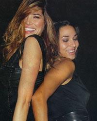 Aida Yespica: carezze lesbo con Lisandra Silva