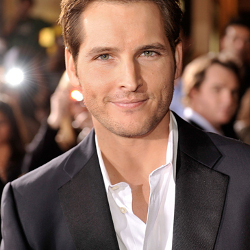 "Twilight: Breaking Dawn, Peter Facinelli ha visto lo script: ""è impressionante"""