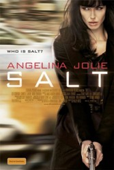 "Angelina Jolie nei cinema con ""Salt"": la recensione"