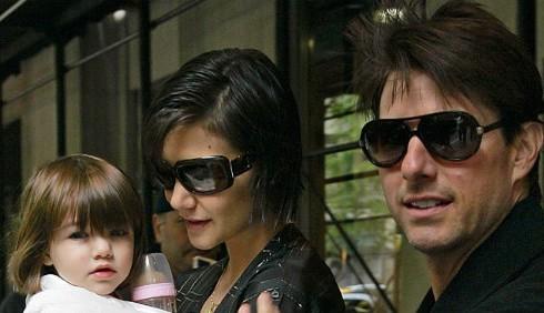 Tom Cruise e Katie Holmes troppo stravaganti con la figlia?