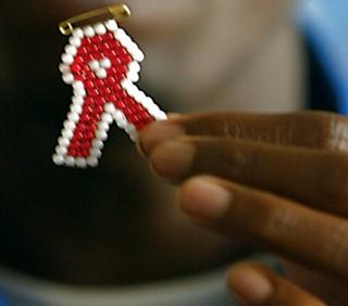 AIDS: discriminazione e diritti negati