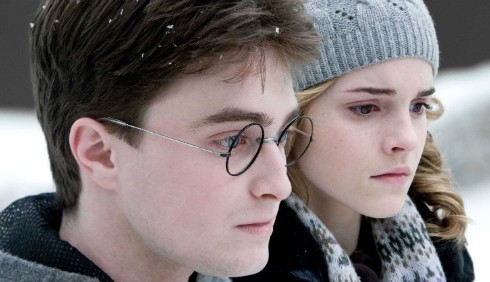 Daniel Radcliffe, Emma Watson e Rupert Grint guardano oltre