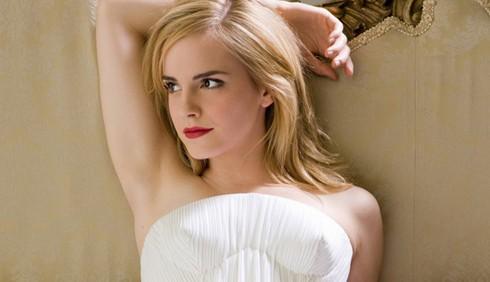 Emma Watson posa per la prima copertina animata di Marie Claire