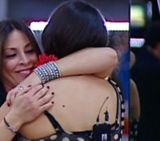 GF11: eliminata Ilaria Natali, Guendalina Tavassi festeggia