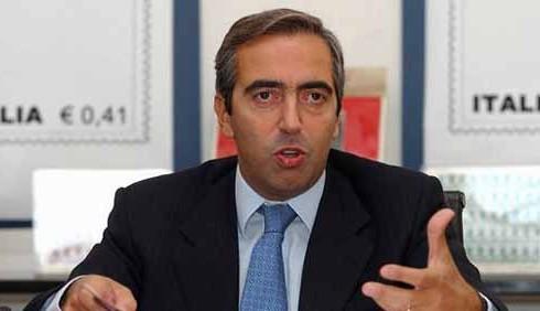 Maurizio Gasparri attacca Pippo Baudo:
