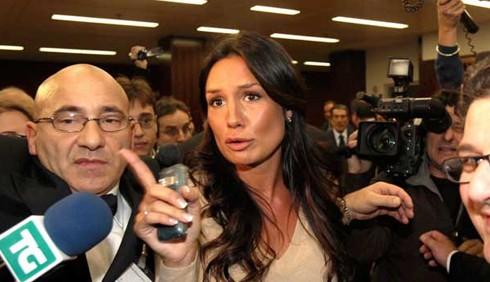 Caso Ruby: Nicole Minetti si presenterà dai magistrati