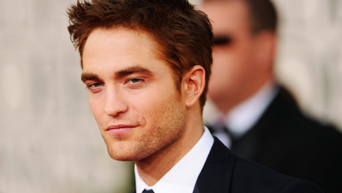 Robert Pattinson rosso ai Golden Globe