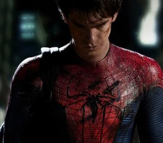 Spider-Man: cos'è cambiato nel nuovo costume di Andrew Garfield