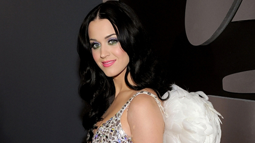 Grammy Awards: Katy Perry con Russell Brand e la nonna