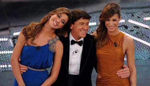 Sanremo 2011, seconda serata: gli abiti di Elisabetta Canalis e Belen Rodriguez