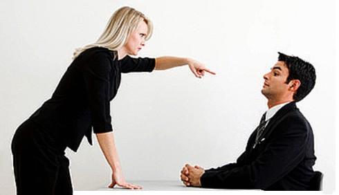 Donne manager: carriera a rischio se imitano gli uomini