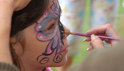 Truccare i bambini per Carnevale: idee e consigli