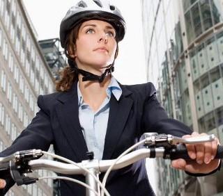 Allenamento in bicicletta, 5 minuti per perdere peso