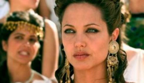 David Fincher alla regia di Cleopatra con Angelina Jolie