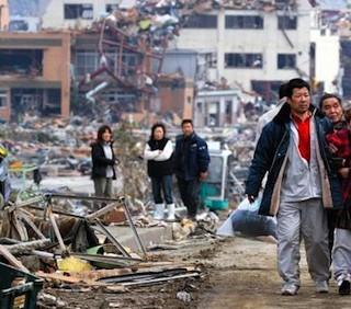 Giappone, nucleare: esplosioni in altri due reattori