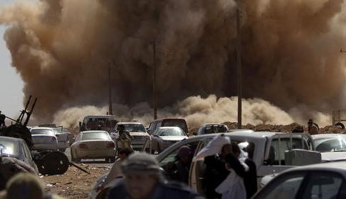 Gheddafi minaccia la guerra in Italia