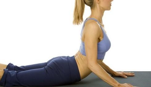 Pilates: esercizi per pancia piatta e addominali