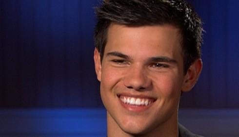 Taylor Lautner: spinoff di Twilight su Jacob e Renesmee?