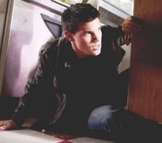 Abduction con Taylor Lautner, immagini