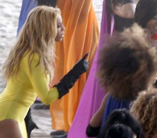 Beyoncé sul set di Run The World (Girls)
