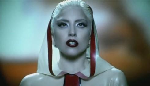Lady Gaga contro gli integralisti religiosi e omofobi