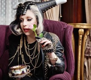Lady Gaga si è ispirata a Madonna e Michael Jackson per Born This Way