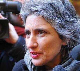 Bocciata la legge sull'omofobia, deluse Paola Concia e Mara Carfagna
